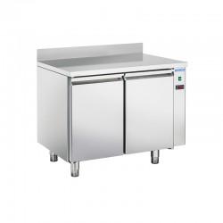 Table réfrigéréen en inox avec dosseret, 2 à 4 portes inox, 260 litres, 0°C/+8°C°C,  GN 1/1, 700mm