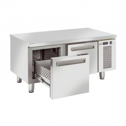 Table réfrigérée en inox, de 2 à 3 tiroirs en inox, 150 litres, -2°/+7°C, GN 1/1, 685mm